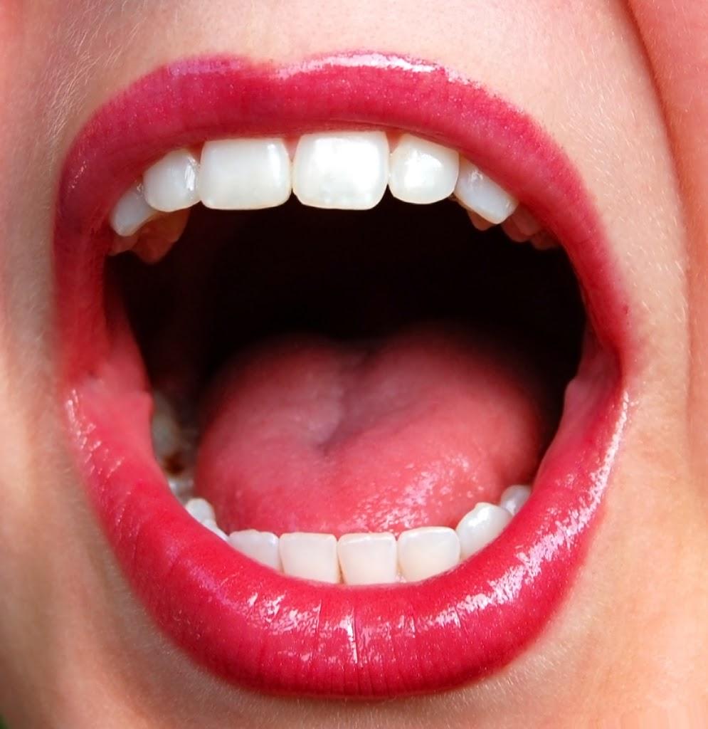 Combate el mal aliento! - Blog - Farmacia Sarasketa